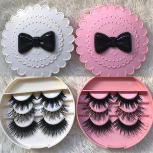 Other - 6 Eyelashes +2 Eyelash Cases